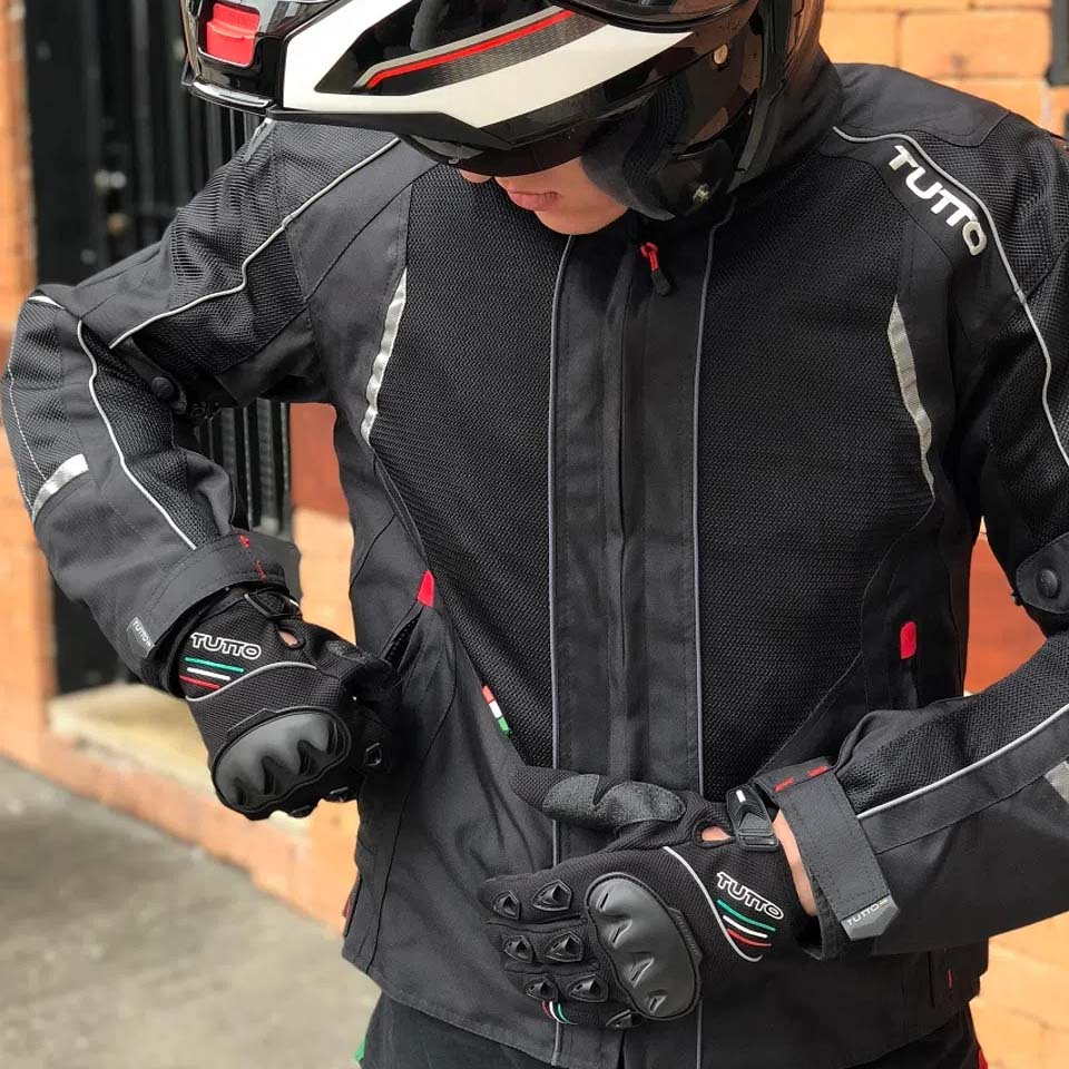 Tudo para o inverno do motociclista